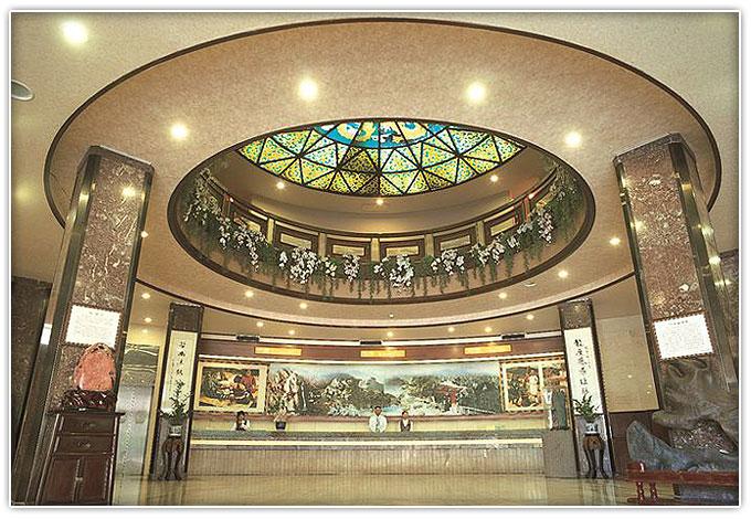 谷關龍谷觀光大飯店
